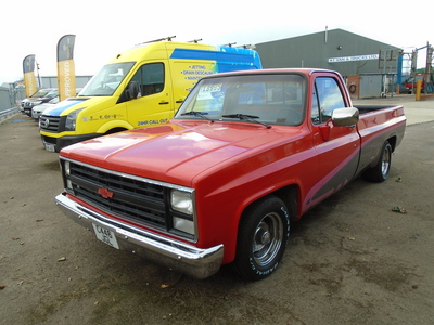 1986 C CHEVROLET C10 SQUARE BODY LHD AUTO
